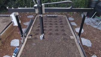 farmbot robot moestuin